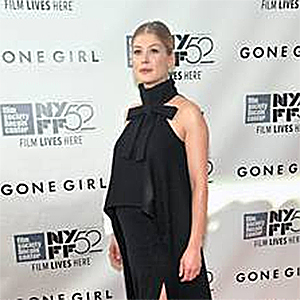 a picture of Rosamund Pike, link loads document in new browser window